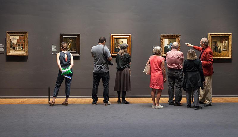 書を捨てよ、美術館へ行こう